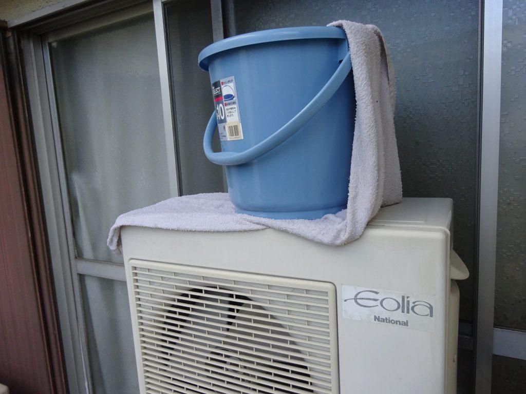 室外機上に濡れタオルを置くことでの節電効果