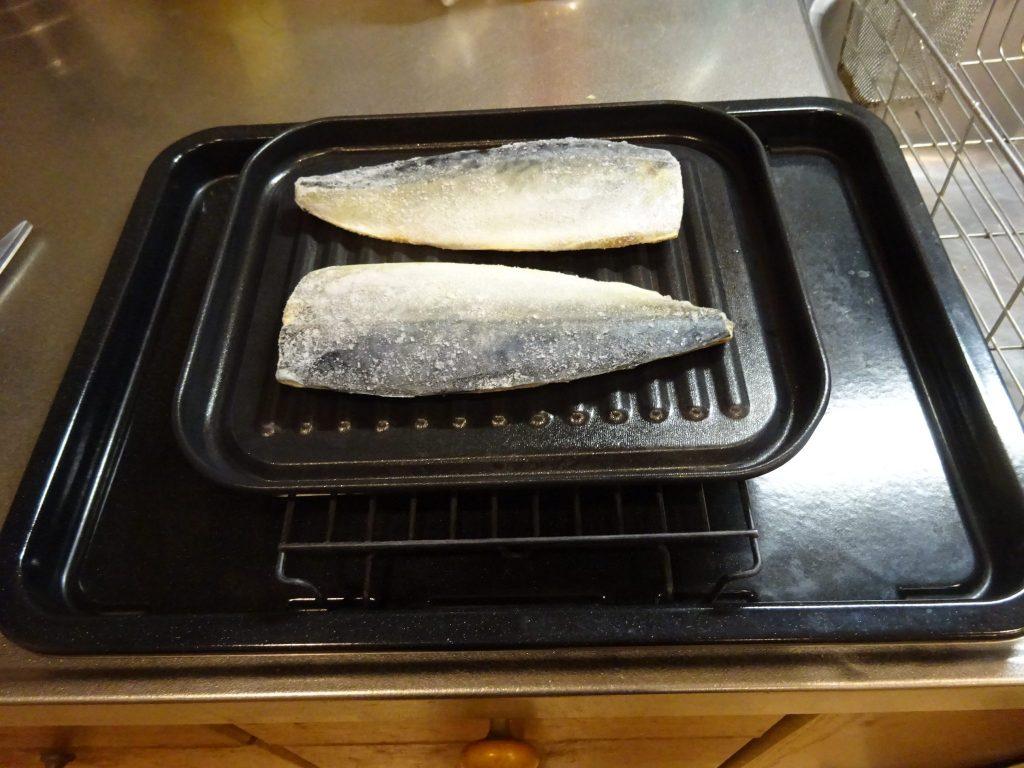 冷凍塩サバ