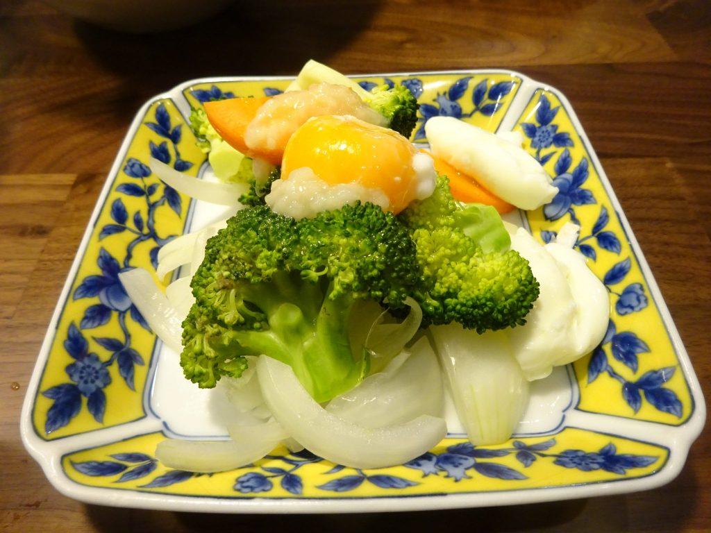 野菜は固いけど味はよし