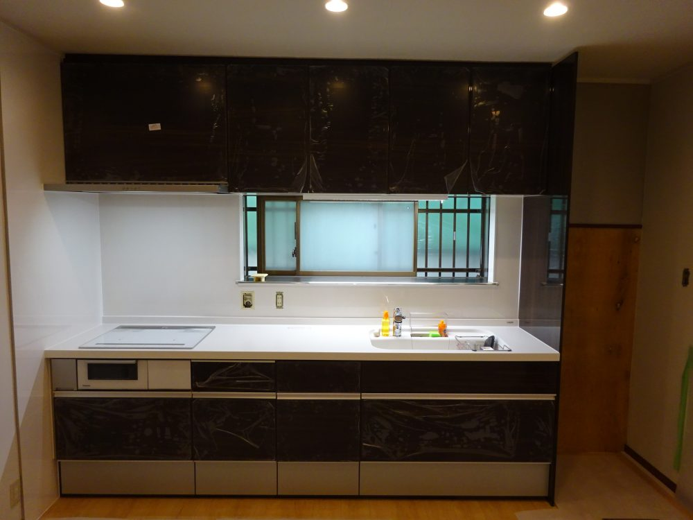キッチン組み立て完成