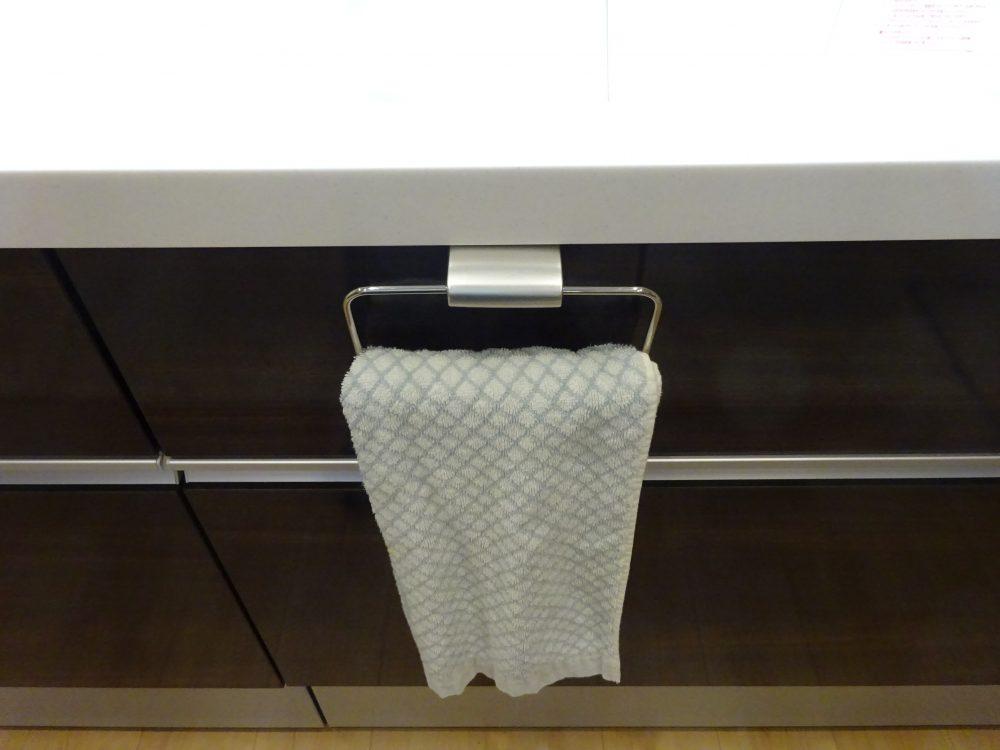 キッチンのタオル使いやすくなりましたが・・・