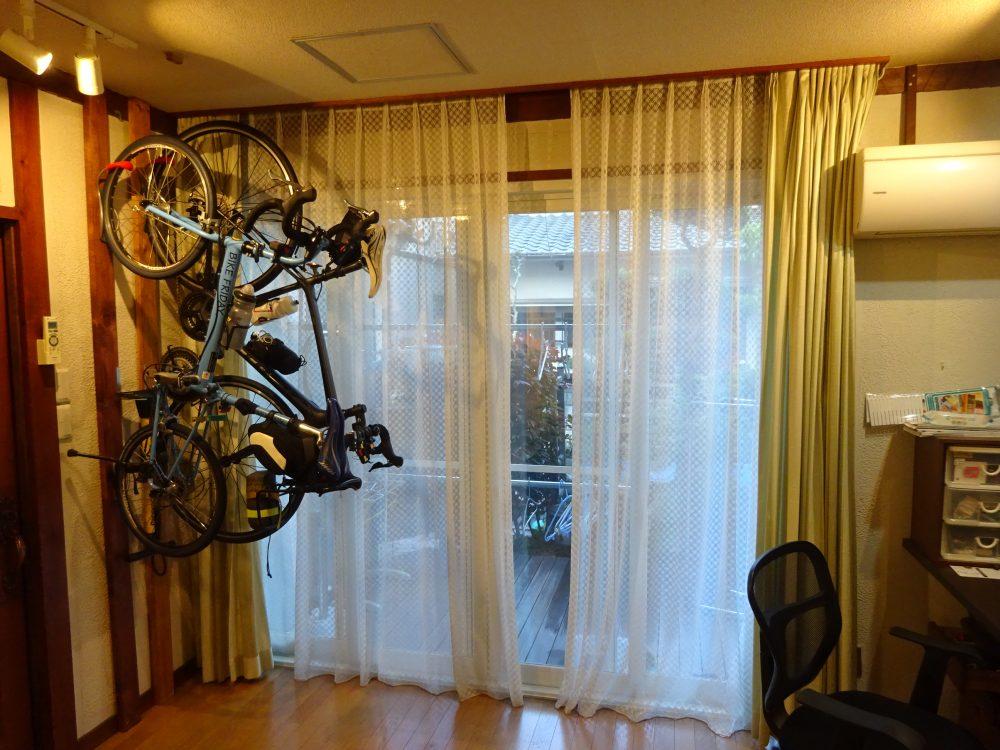 めざましカーテン mornin' plus(モーニンプラス) でカーテンは自動開閉
