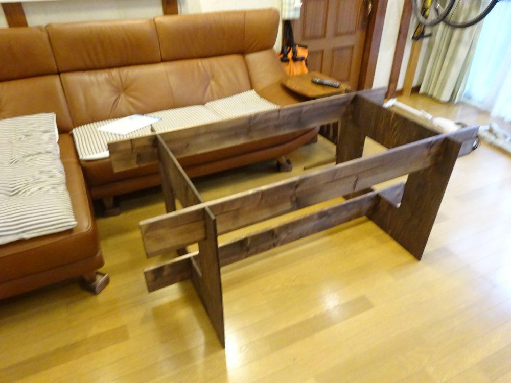 DIYダイニングテーブルの土台