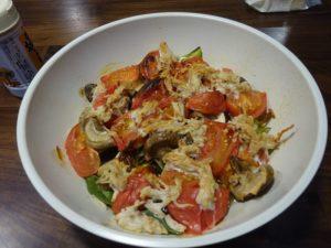 鶏モモ肉のトマトのスープ