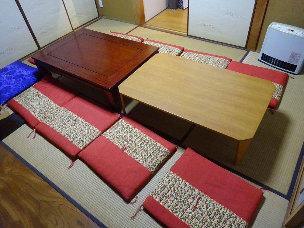 コンパクト収納な食卓で自宅イベント会場化