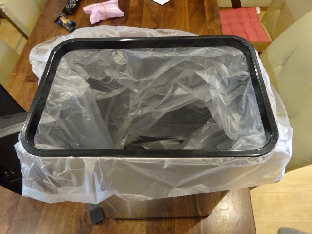 手をかざすと自動で開くゴミ箱 センサーダストボックス