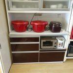既設食器棚を改造してホットクック2台と炊飯器置台
