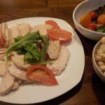 鶏ハムとトマトのオリーブオイル掛け